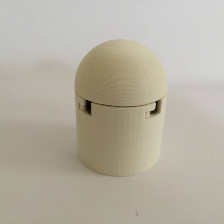 Dome Plectrum Box