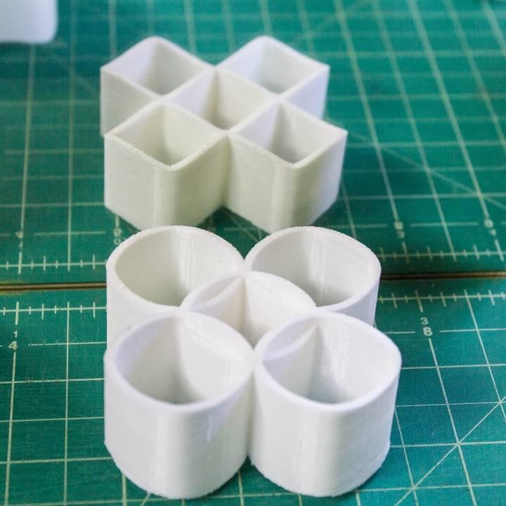 Ambiguous Cylinder Illusion