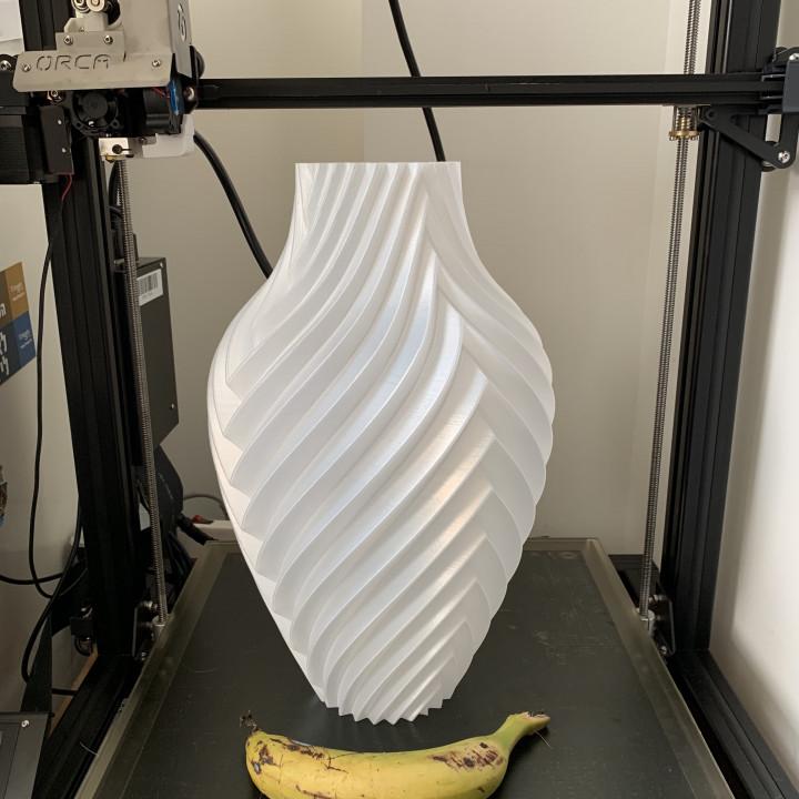 Chromatic Vase