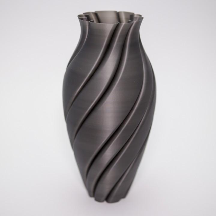 Spin Vase 3