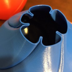 Picture of print of Spin Vase 4