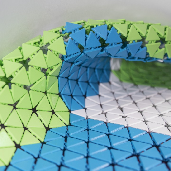 Triangle Mesh Fabric