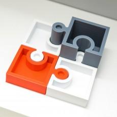 Jigsaw boxes