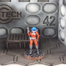 Space Girl (28mm Miniature)