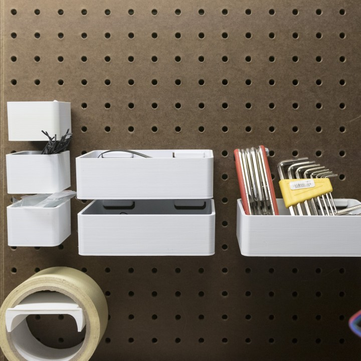 Peg Anything // Removable Containers