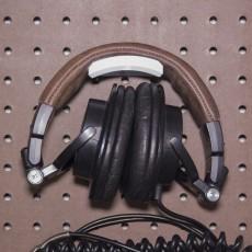 Peg Anything // Headphone Hanger