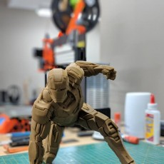 Picture of print of IRONMAN MK42 - Super Hero Landing Pose - 20 CM base This print has been uploaded by Adam