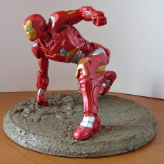 Picture of print of IRONMAN MK42 - Super Hero Landing Pose - 20 CM base This print has been uploaded by Tomasz P.