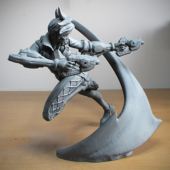 Overwatch - Tracer - Action Pose