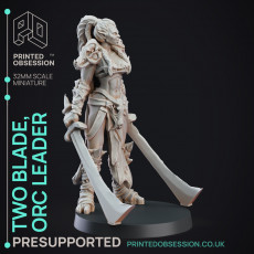 Two Blade - Female Orc Commander - PRE SUPPORTED - 32 mm scale miniature