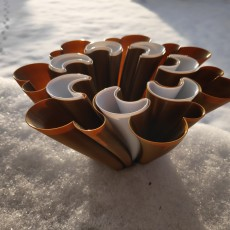 Picture of print of Clover Vase (multi-piece vase-mode print!)