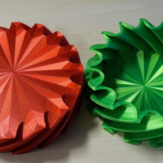 Picture of print of Cog Twist Box - No Hole Version