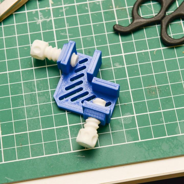 Mini Craft Corner Clamp