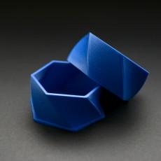 Simple Hex Twist Box