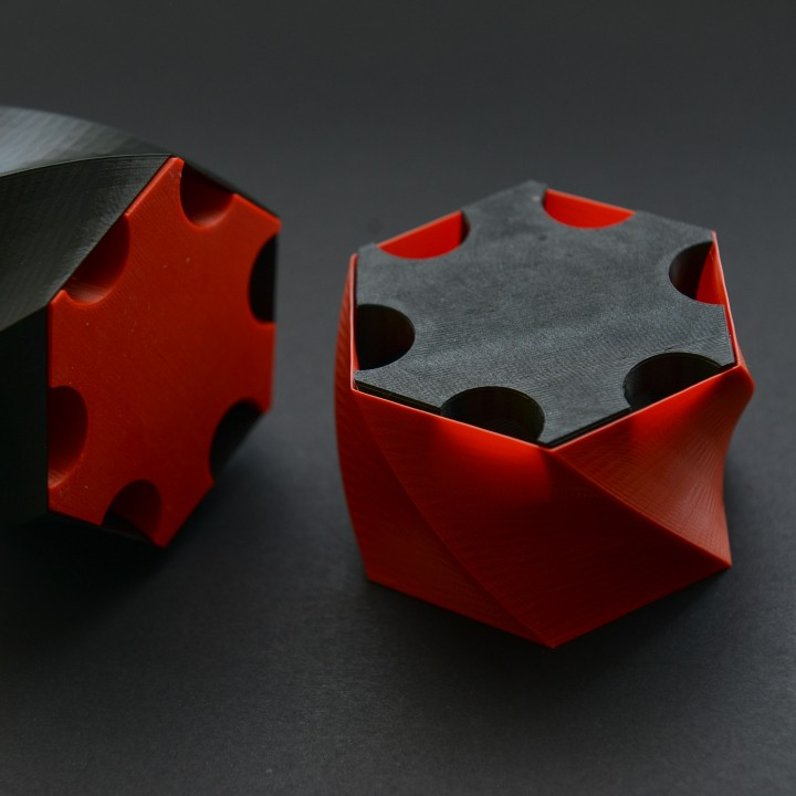 Vase Mode Hex Twist Box