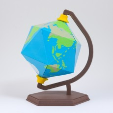 Icosahedron Earth // Folding Polyhedra