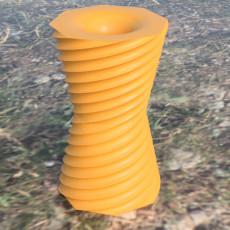 Reversible vase