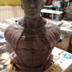 Picture of print of Henry Cavill as Clark Kent / Superman (Support free bust)