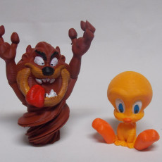 Picture of print of Tweety Bird from Looney Tunes (support free)