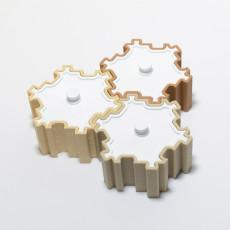 Fractal Tile Box