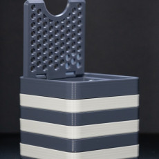 Picture of print of Strata Box - assembled stripes and a print-in-place hinged lid