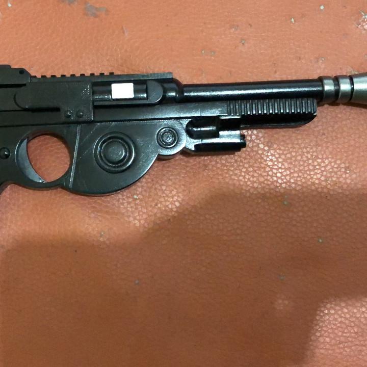 Mandalorian Blaster