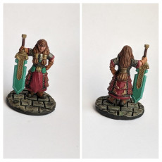 Picture of print of Dwarf warrior girl with great sword
