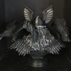Picture of print of Ulric, The Lord Of The Birds - bust