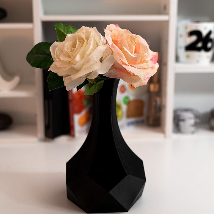 Table Top Vase