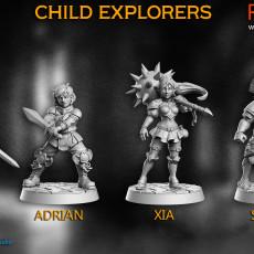 Child Explorers - 4 miniatures - 32mm - DnD