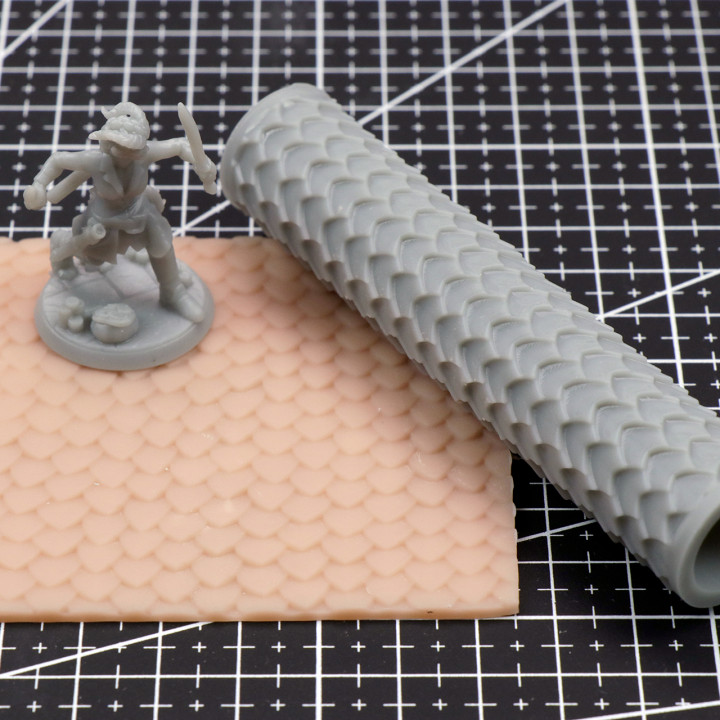 Scales Texture Roller