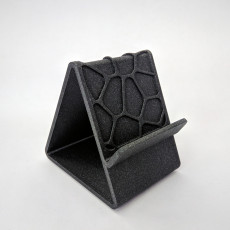 Voronoi Phone Holder