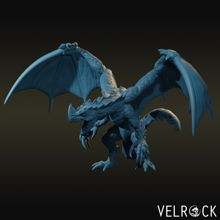 Young Green Dragons (Grounded and flying)