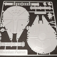 Millennium Falcon Kit Card