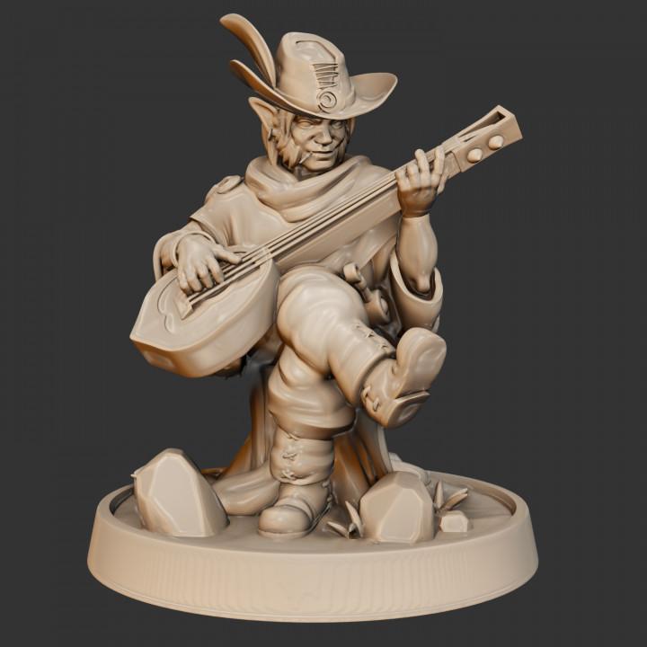 KICKSTARTER FREE ''Halfling Bard  Presupported 3D Model