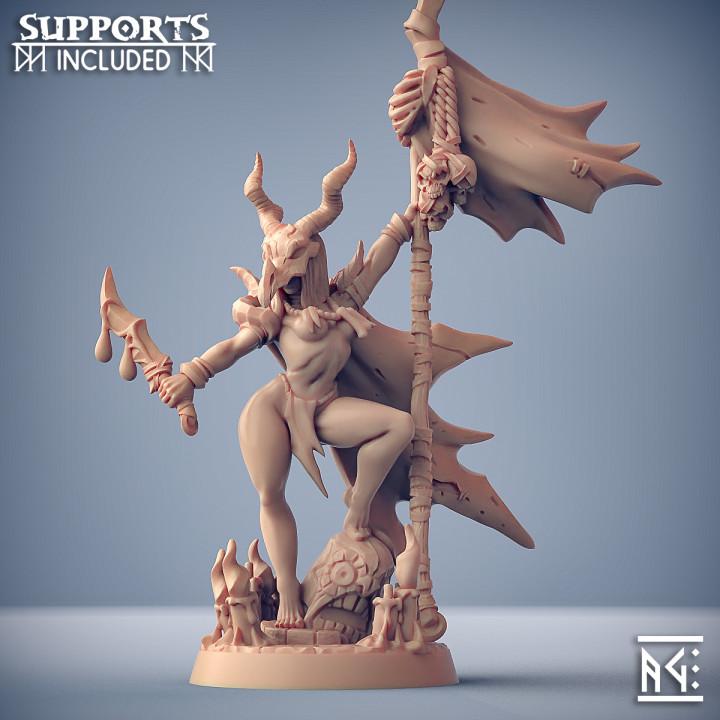Ishtarra the Plague Queen - Plague-Mine Kobolds Beauty (Fantasy Pinup)