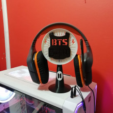 Picture of print of BTS Headphones Stand