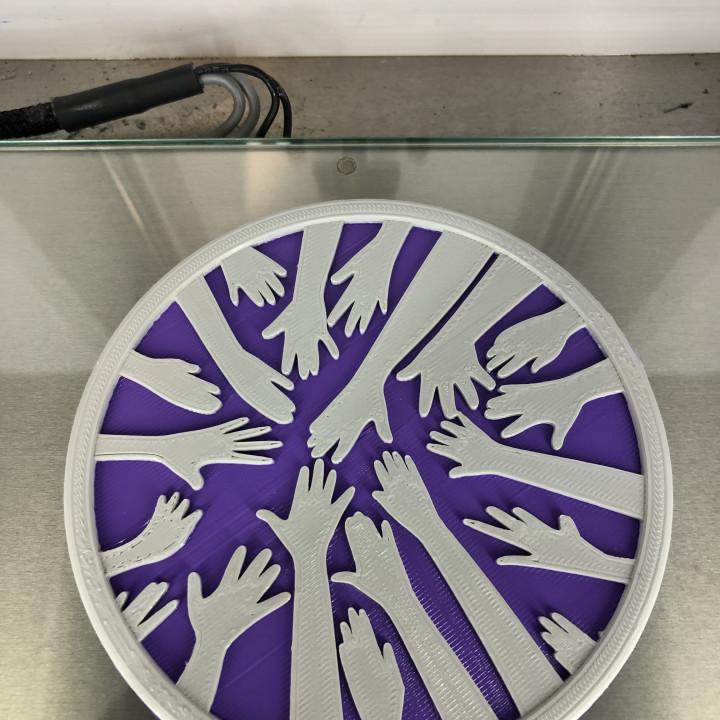 Coaster: 'helping hands v2'