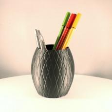 Knitted Pencil Holder (Vase Mode)