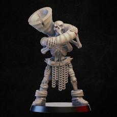 Skeleton with battle horn