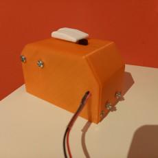 Useless Box - without Arduino