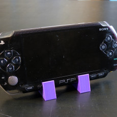 PlayStation Portable 1000 Display Stand