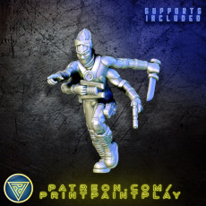 4-Armed Aliens
