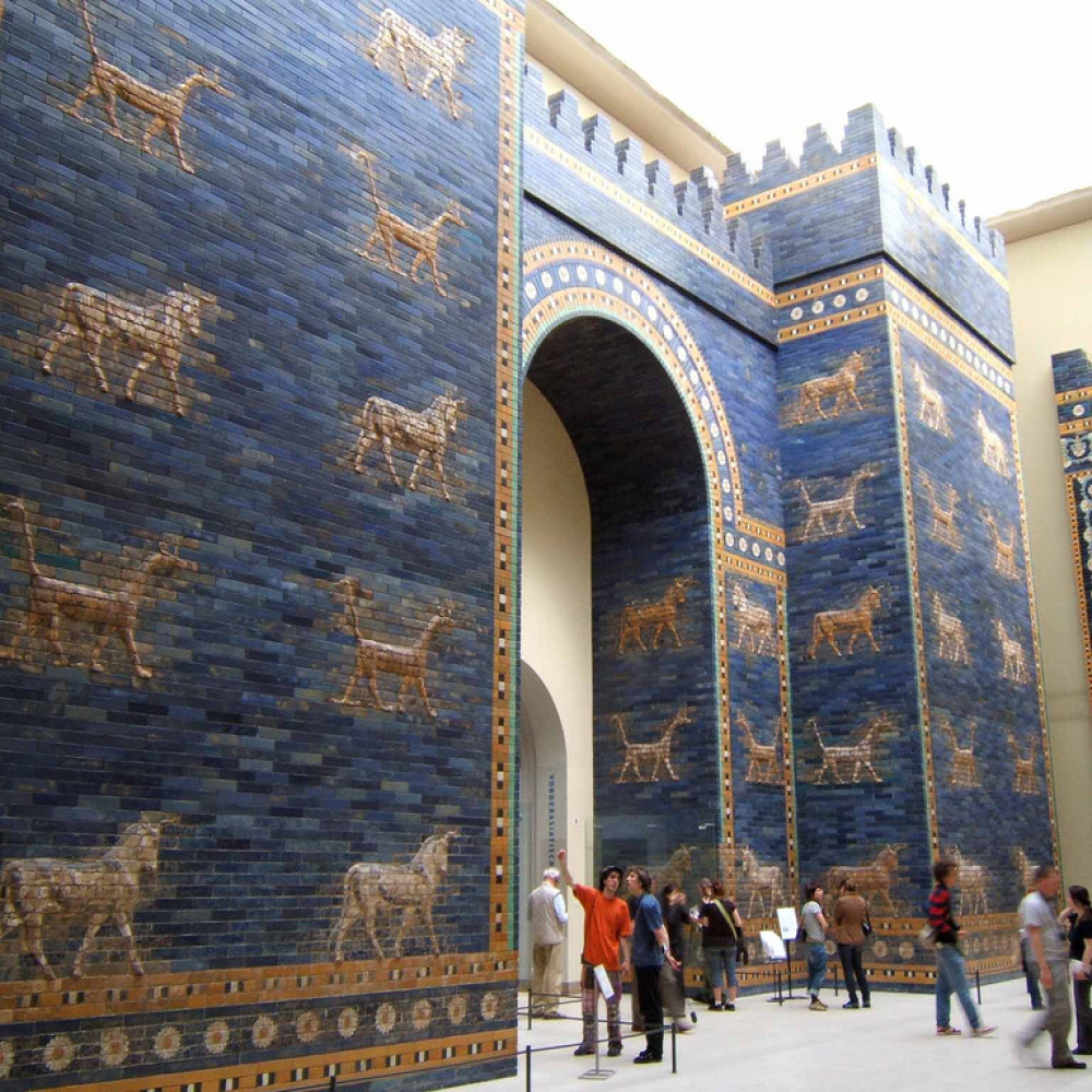 1000x1000 ishtar gate at berlin museum
